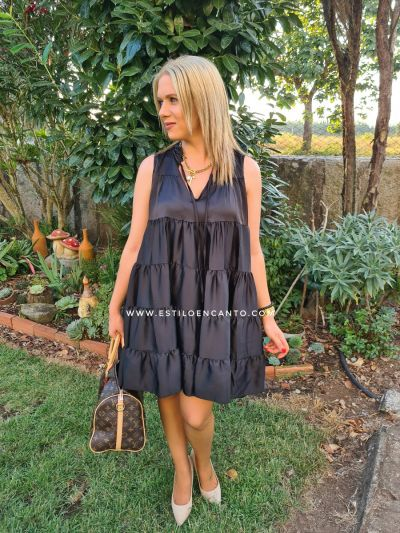 Vestido Satén Negro