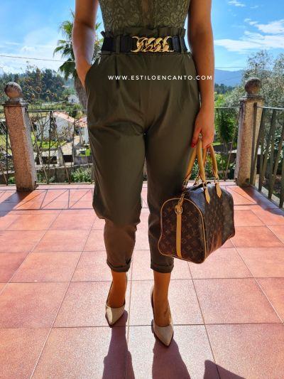 Pantalón Paper Bag Caqui c/cinturón cadena dorada